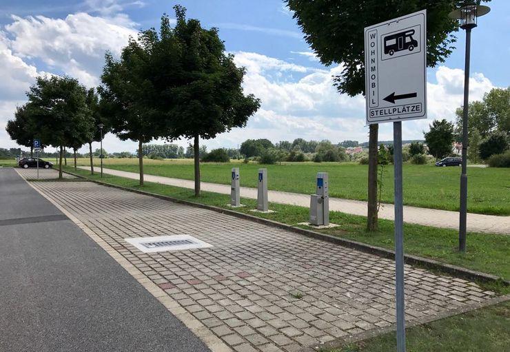Stellplatz am parkplatz der regnitzarena promobil - Mobel hirschaid ...